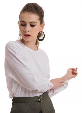 Áo thun Hnoss cổ tròn tay xoắn màu trắng