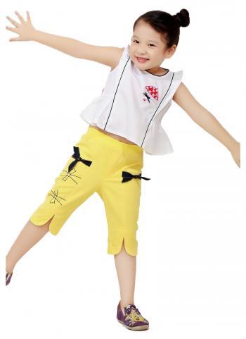 Áo kiểu bé gái YF màu trắng nhún eo đính chiếc dù